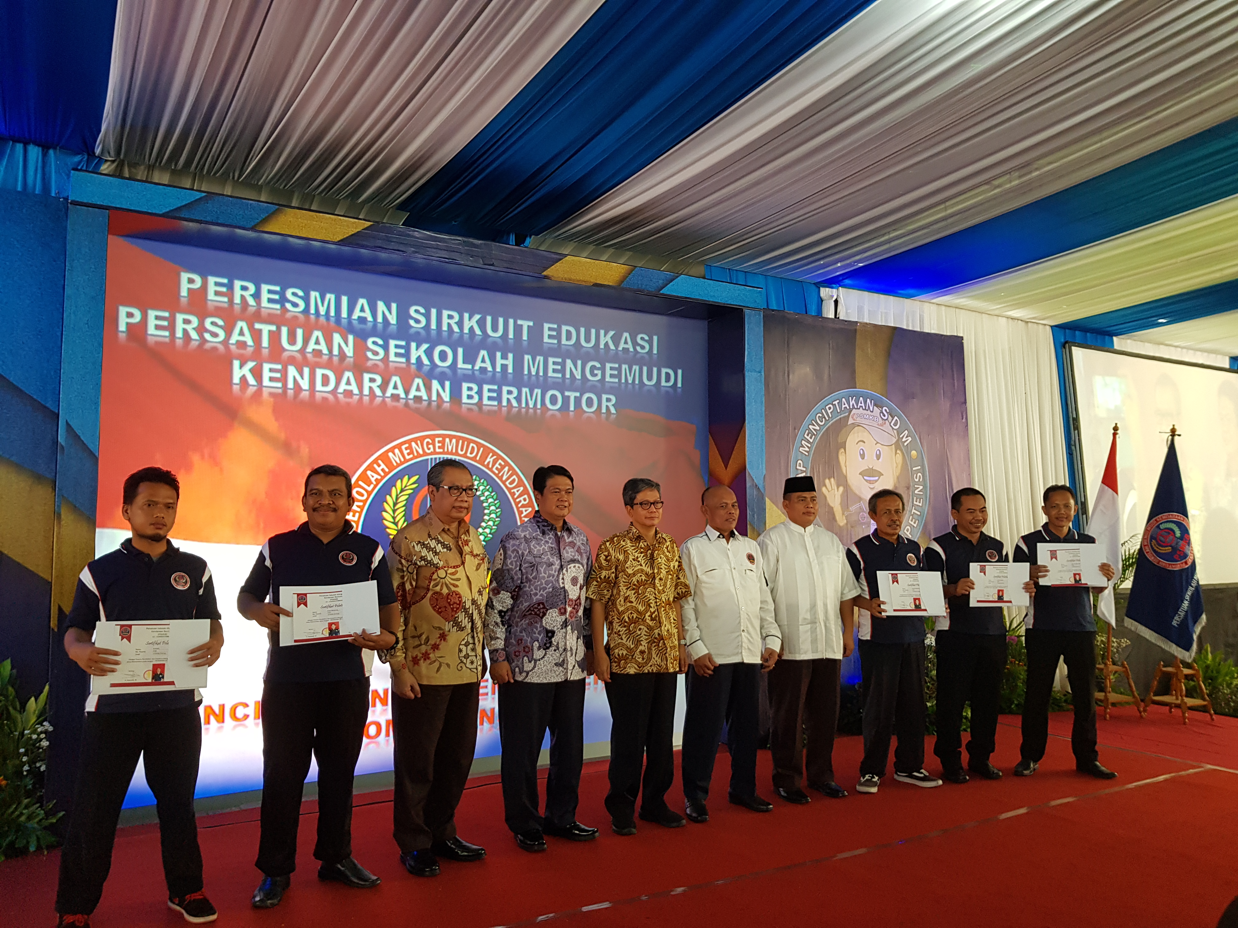 Launching Sirkuit Latihan Persatuan Sekolah Mengemudi Kendaraan Bermotor Psmkb